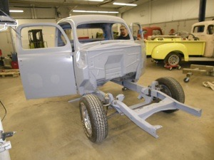 1951 Ford F1 Truck - 045