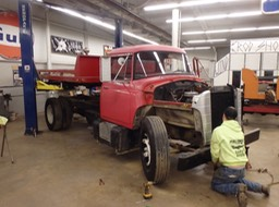 1971 IHC Loadstar 1600 Rollback - Teardown